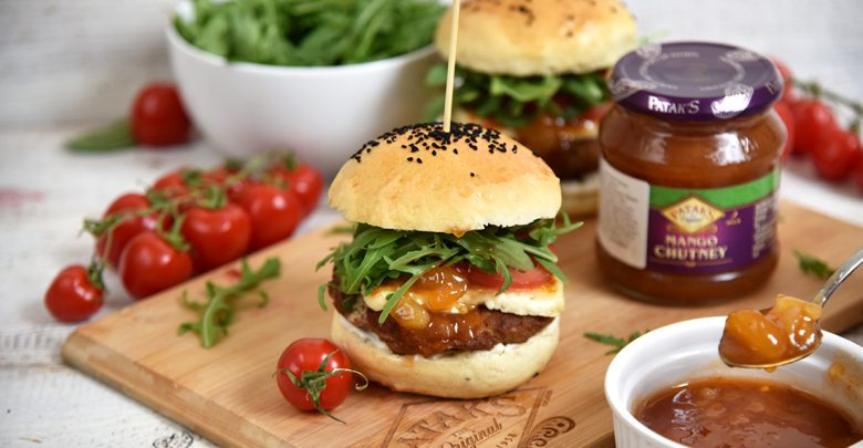 Photo of Domowe mini hamburgery z wołowiną i Mango Chutney