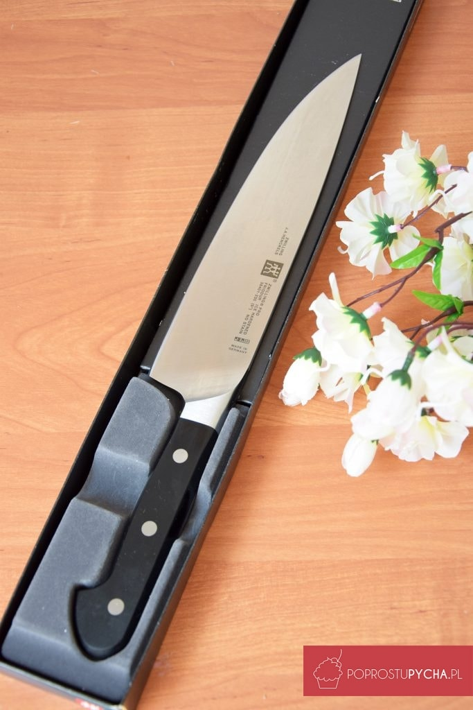 nóż szefa kuchni Zwilling Pro