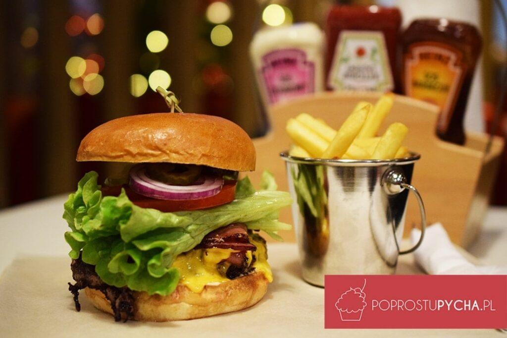 Ibis Kitchen Warszawa - hamburgery