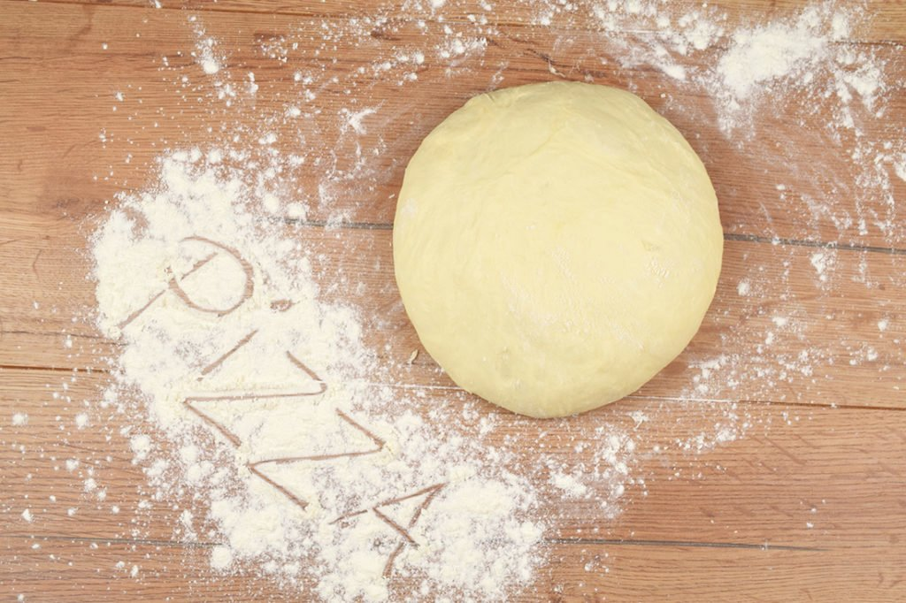 ciasto napizzę