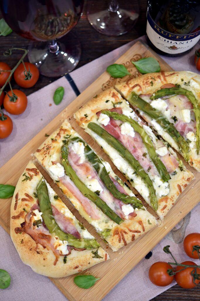 Pizza zeszparagami