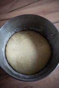 Ciasto naplacek drożdżowy ześliwkami