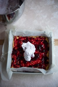 Składanie ciasta wigilijnego