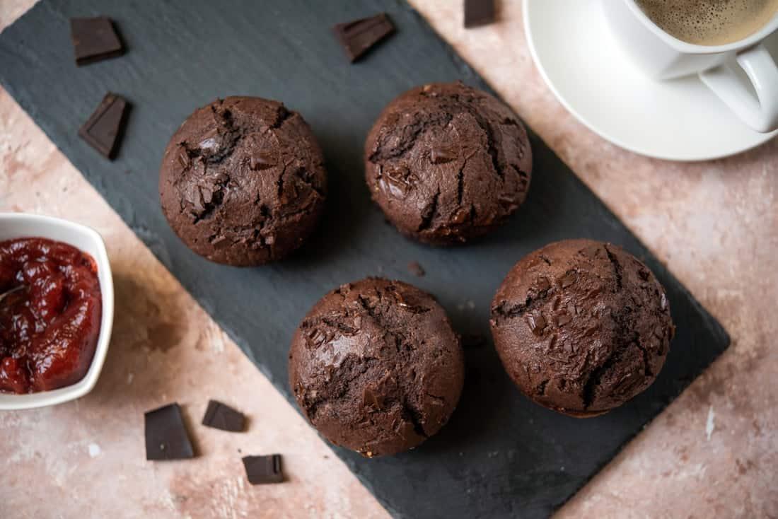 Muffinki czekoladowe z dżemem