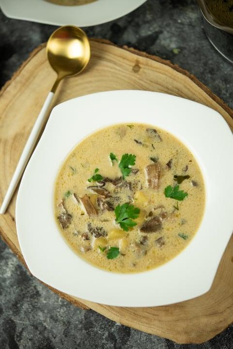Zupa grzybowa zziemniakami
