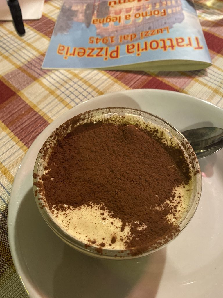 Trattoria Luzzi - restauracja wrzymie