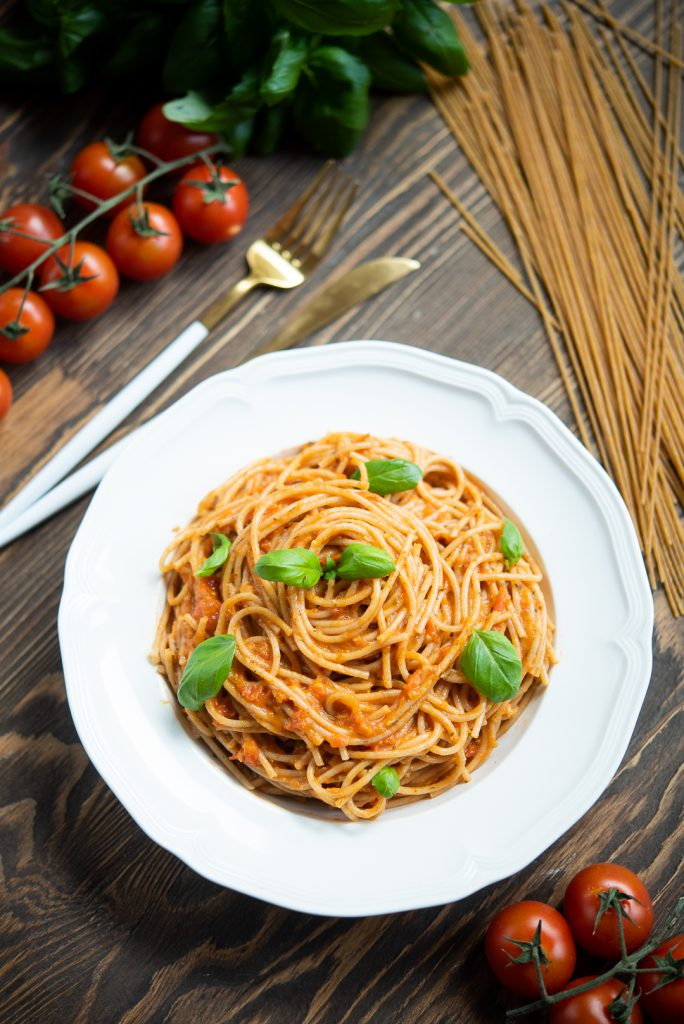 spaghetti zpomidorami