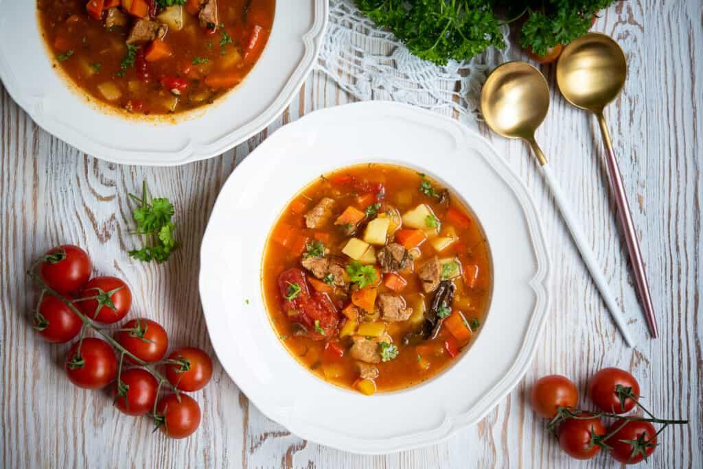 zupa gulaszowa